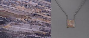 Braunkohletagebau Inden, Altdorf, 90x70 cm + Collier, geschwärztes Silber, Perlmutt